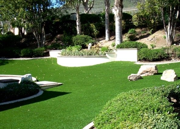 ARTIFICIAL GRASS FOR GARDENS, PATIOS & BALCONIES